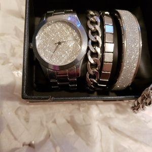 Accessories - Watch & bracelet set